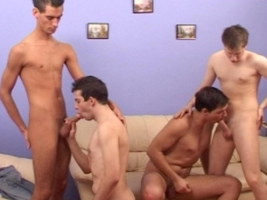 Four Sexy Twinks Playz Together